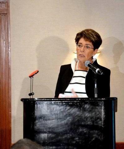 Una vida sana reduce el riesgo de enfermedades renales: Mercedes Juan