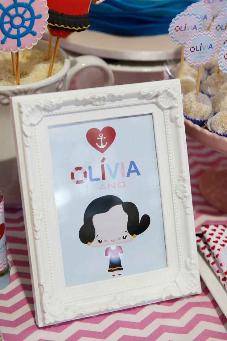 Fiquei muito feliz quando a mamãe Rafaelle me disse que o tema da festa de 1 aninho daOlíviaseria a OliviaPalito! Personagem que fez parte da minha infância, foi uma delícia