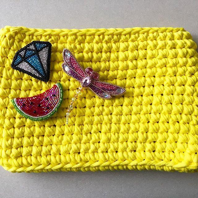 Летняя сумка из трикотажной пряжи 👜🌺🍉 #сумкаизтрикотажнойпряжи #сумкиназаказ #сдушойсделаномной #трикотажнаяпряжа #творюкрасоту #броши_by_ladylyutikova