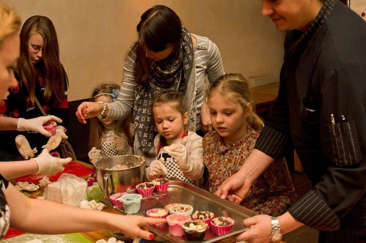 """Фотоотчет 24 апреля 2016 мастер-класс """"Готовим воздушные кексы"""" — Ресторан «Винегрет»"""