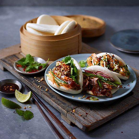 M S Bao Buns With Meat And Vegetable Fillings Best Chinese Food Easy Chinese Recipes Bao Buns