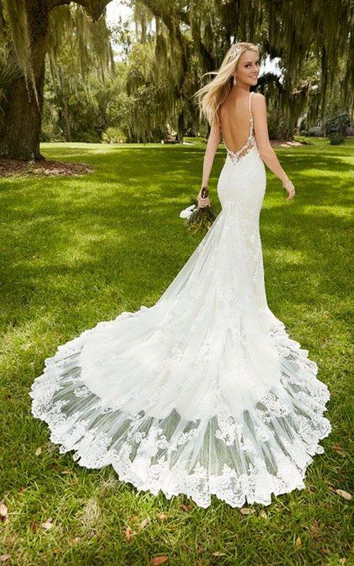 deep V neck and flirty peek-a-boo back mermaid wedding dress / http://www.himisspuff.com/mermaid-wedding-dresses/5/