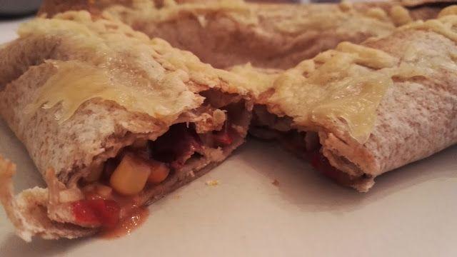 Huvilaelämää ja mökkiruokaa: Enchiladat uunissa kinkunjämistä