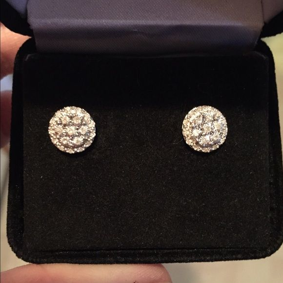 Beautiful Diamond Earrings Gorgeous 10 kt white gold 3/4 carat or 1 carat diamond earrings. Don't have papers for them but I guarantee that they're indeed real diamonds, real gold. Reasonable offers accepted. No Low Balling please. Kay Jewelers Jewelry Earrings