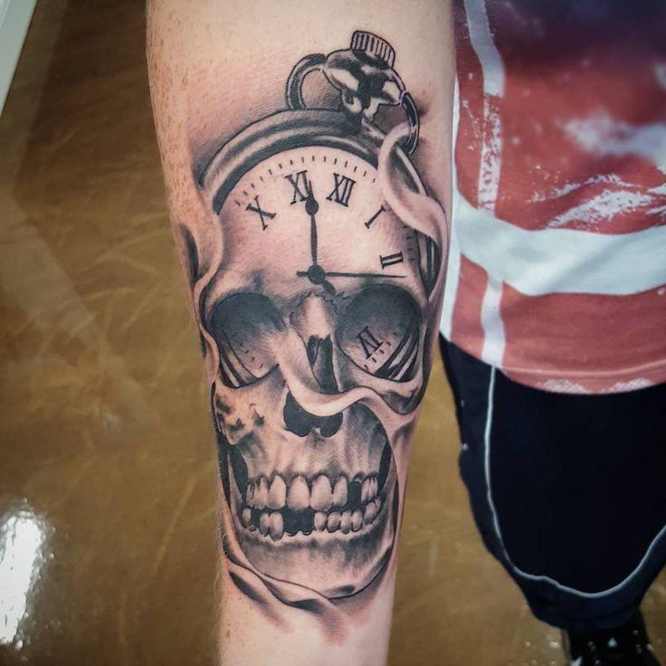 Taschenuhr mit totenkopf tattoo  107 besten Tattoos, Hair and Nails Bilder auf Pinterest | Tattoo ...