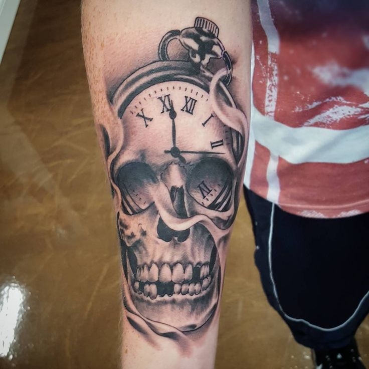 1000 ideas about pocket watch tattoos on pinterest watch tattoos clock tattoos and pocket. Black Bedroom Furniture Sets. Home Design Ideas