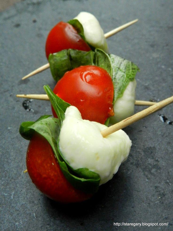 Stare Gary: Pomidorki, mozzarella i bazylia - koreczki caprese