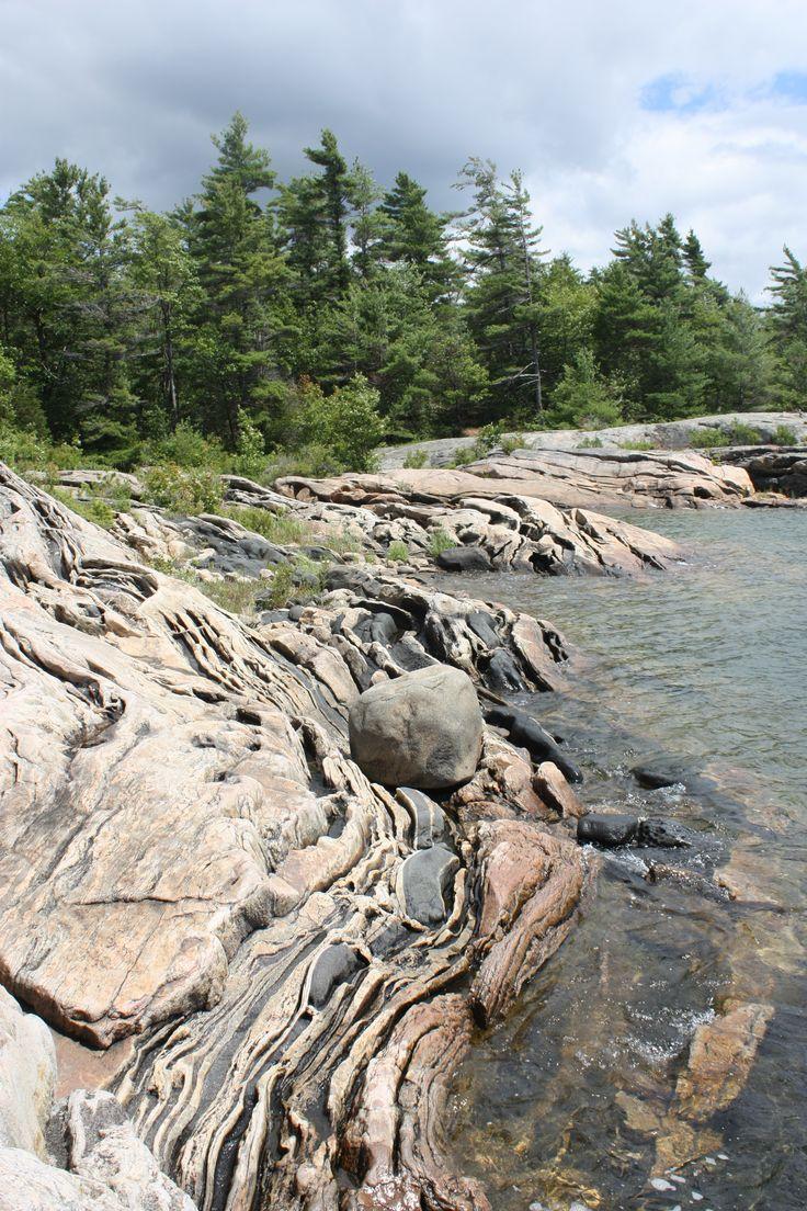 Pretty rocky coastline of Wreck Island, Massasauga Park, Georgian Bay