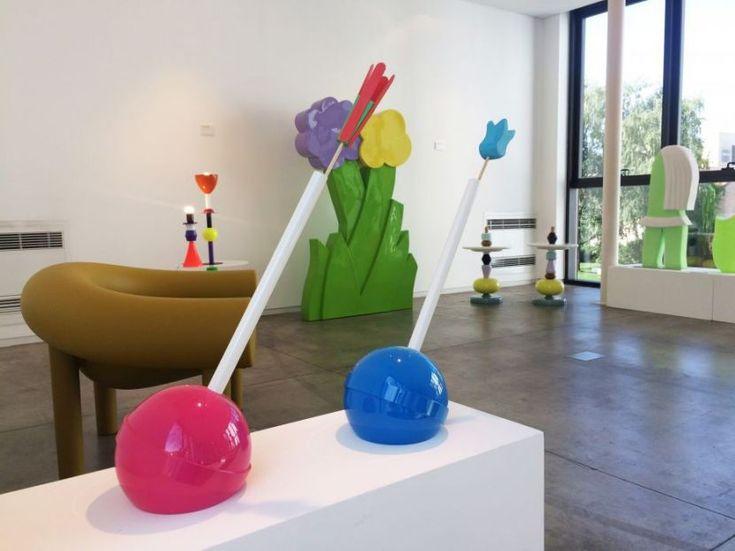 #lollipop #vases, #altreformestarringChupaChups  collection, design by #ValentinaFontana for #altreforme at #Toysoggettiearrediludiciindialogoconlarte, #interior #home #decor #homedecor #furniture #aluminium #woweffect #madeinitaly