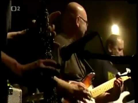 Buty - Tisíc korun (Live)