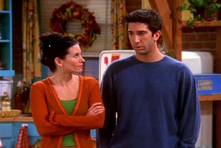 Flashback: Ross e Monica assistem à luta de MMA #Friends