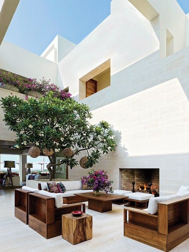 Inside George Clooney's and Cindy Crawford's $100 Million Mexican Mansions | MyDomaine