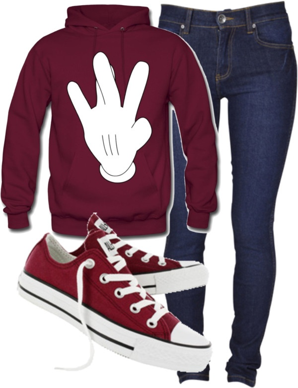 Burgundy has become my new favorite color. I am in complete awa oc the sweatshirt and Chuck Taylor's