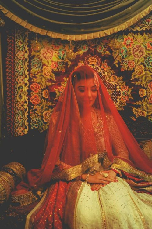 shaadifashion:    This Modern Love by Sitwat Rizvi