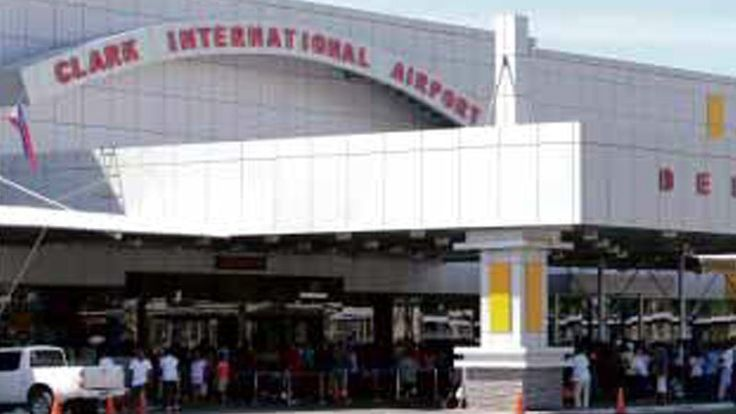 A man was able to board a flight to Singapore at the Clark International Airport (CRK) last week with no passport or a plane ticket, putting airport officials in hot water.