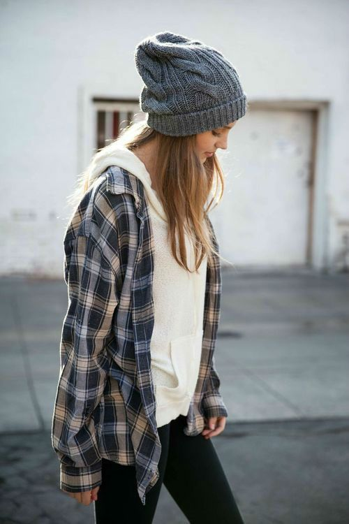 Hoodies and a boyfriend flannel | 41 Cute and Stylish Outfit Ideas with Beanie