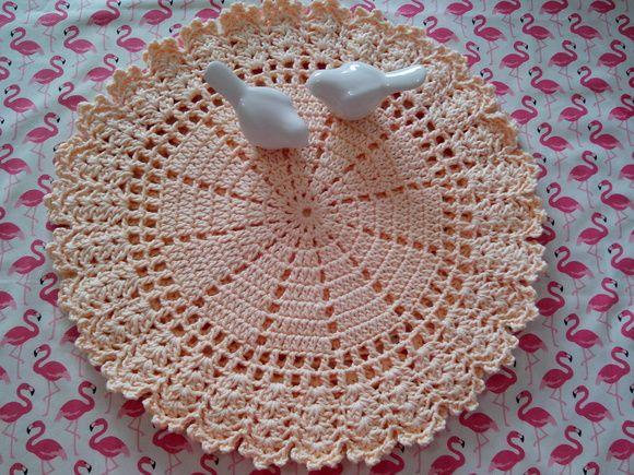 Sousplat de crochê Lindo para decorar dua mesa 23,00 à unidade Aceito encomenda em outras cores Usei fio maXcolor....super macio Fio 100% algodão