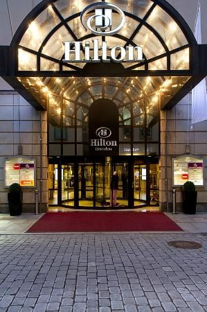Hilton Dresden Hotel (Germany) - Taking an excursion to Dresden from Prague and staying overnight