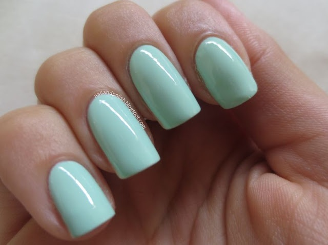 PRETTY IN MINT! (read the blog comments)  @Melanie Bauer Bauer Giandzi of www.nailandpolish.blogspot.com writes about the ELES Sweet Sundae nail shades in Pistachio Dream, Peach Melba, Caramel Crunch, Hundreds & Thousands, and Sugar Sprinkle!   We love them on Mel's perfectly squared nails. What do you think?