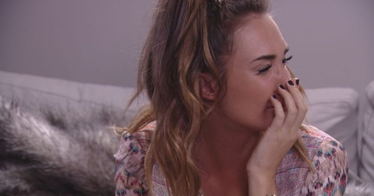 TOWIE viewers in tears as Megan Mckenna tells Pete Wicks she doesn't love him anymore in emotional break-up scenes - Mirror Online