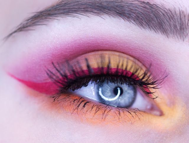 NYX Ultimate Eyeshadow Palette Brights