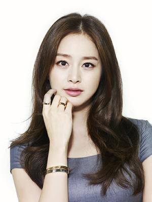 Kim Tae Hee - She's unbelievably pretty!