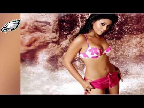 Shriya Saran Bikini Show Goes viral 2016 || Bollywood Moment - YouTube