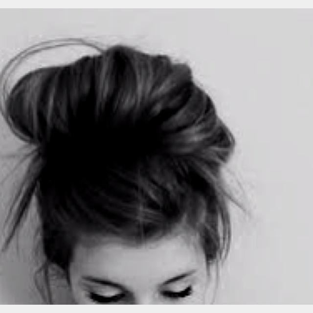 Buns(:: High Buns, Messy Hair, Long Hair, Messy Buns, Hairstyle, Hair Style, Hair Looks, Lazy Hair, Hair Buns