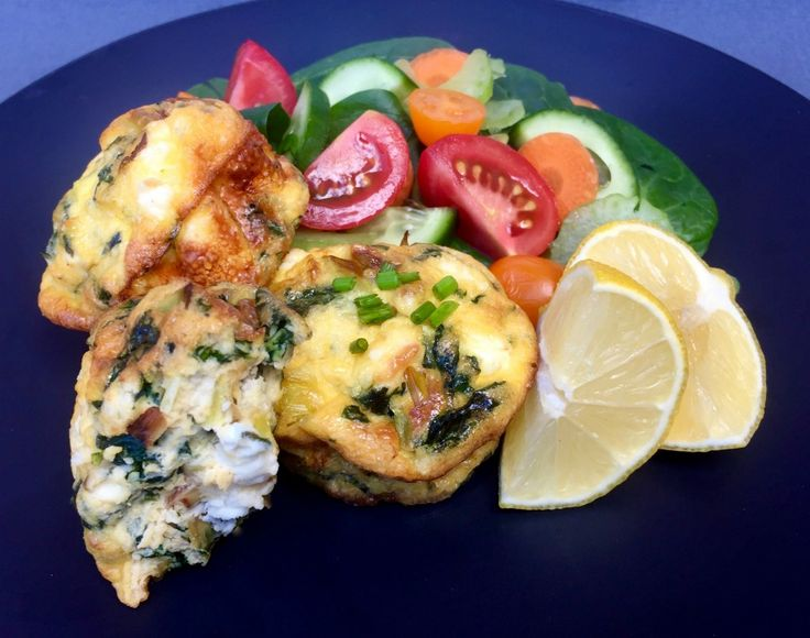 This feta, leek and spinach mini quiche recipe is a great fast dinner or lunch. Pair with your favourite side dishes such as Greek salad or steamed veggies.