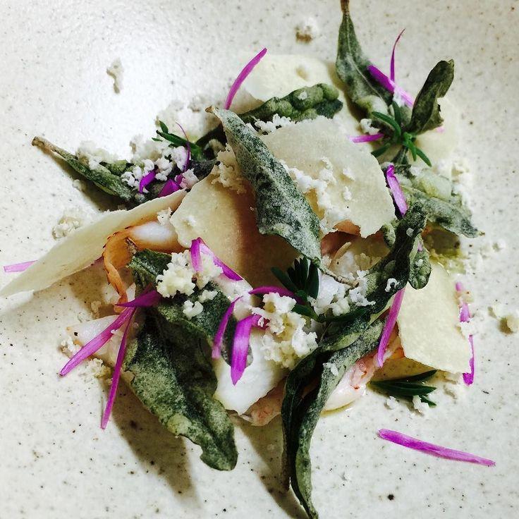 Crayfish bloodlime bunya bunya nut coastal salt bush sea blite and pig face petals  #crayfish #saltbush #bunya #bloodlime #greatoceanroad #fen #fenportfairy #fenrestaurant #portfairy #destinationportfairy #winterweekends #gameofthrones #winteriscoming #winterishere #windyandcold by fen_restaurant_port_fairy