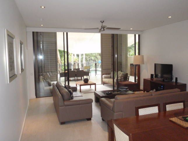 Beachfront 3/4 Bed Apartment, a Palm Cove Resort   Stayz