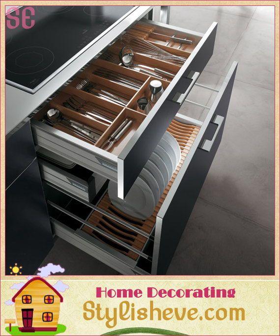 Hyper-organized kitchen drawers | Italian Kitchen Design With Decorative Treatment