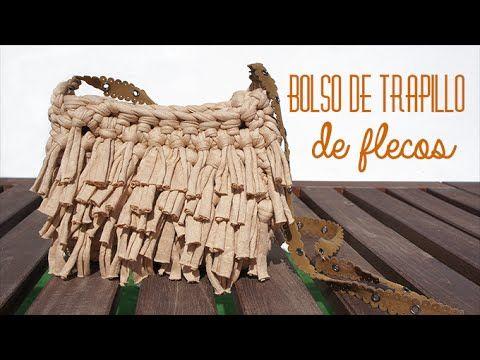 Bolso de trapillo fácil paso a paso con flecos estilo boho. Más información en: http://www.missdiy.es/bolso-de-trapillo-con-flecos INSTAGRAM: http://instagra...