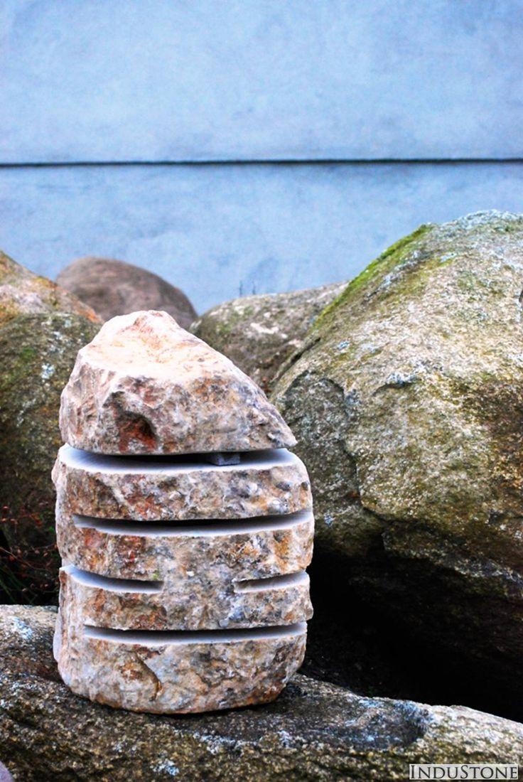 Kamienna lampa, Industone