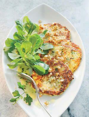 Kartoffel-Pastinaken-Rösti mit Feldsalat