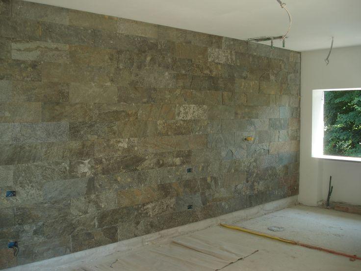 7 best interni in pietra images on pinterest building materials construction materials and - Rivestimento parete interna ...