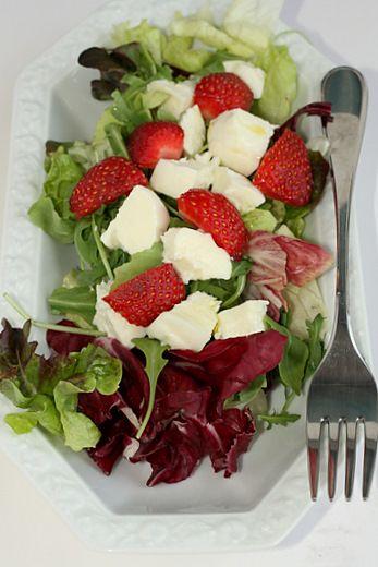 Insalata di fragole e mozzarella | FrancescaV