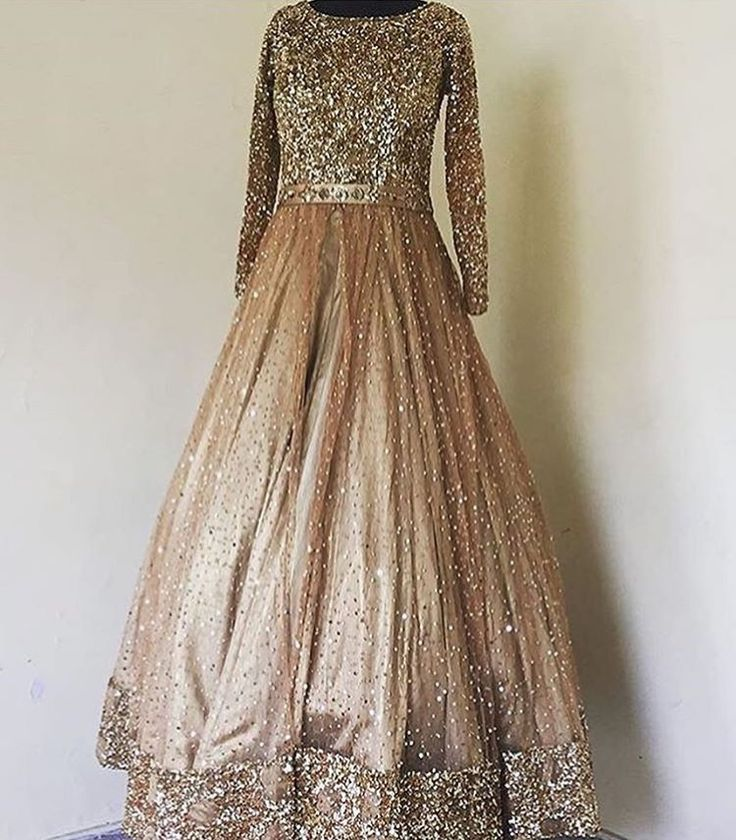 This gown by Phulkari Couture is what dreams are made of!