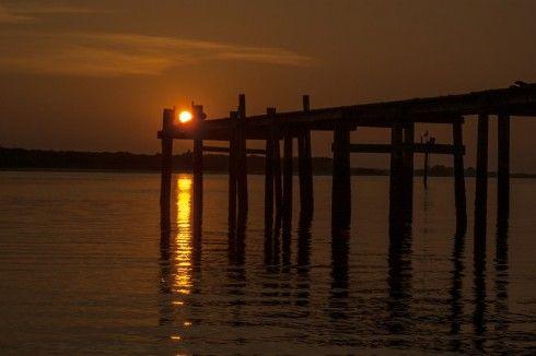 http://islandsunriseandsunsets.com/dock-sunset/