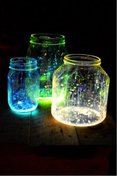 Camping hacks-glow stick lanterns