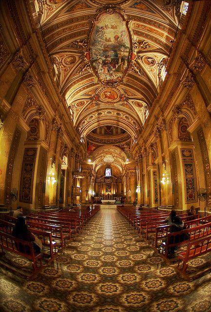 Córdoba's Cathedral, Argentina, Baroque architecture