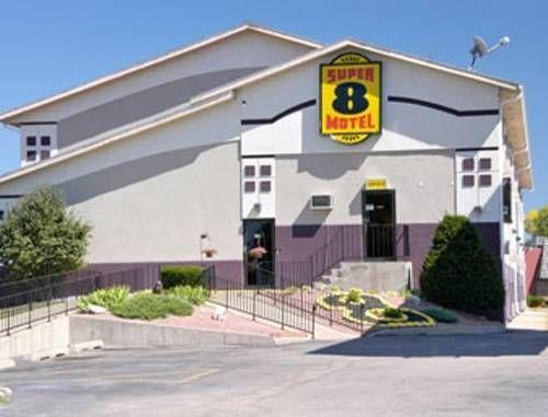 Super 8 Janesville (**) INERIO ANNIS has just reviewed the hotel Super 8 Janesville in Janesville - United States of America #Hotel #Janesville http://www.cooneelee.com/en/hotel/United-States-of-America/Janesville/Super-8-Janesville/1701893