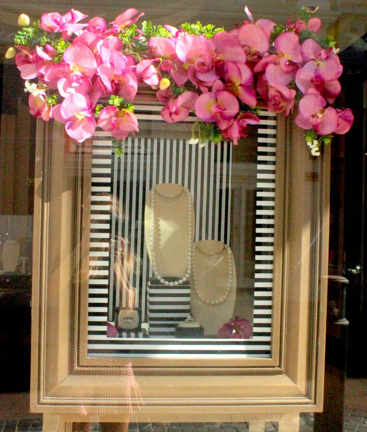 Visual Merchandising for Pearls Kailis Jewellery by Emily Brindley #emilybrindley #windowdisplays #ideas #Black #white # Stripe #flowers #Jewellery #wedding #garden #themes #inspiration #pearls #perth #Visual #Merchandising #holy #chic #holychic.com.au