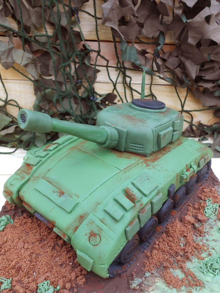 Army tank cake from the book 'Children's Party Planning' by Gemma Denham.