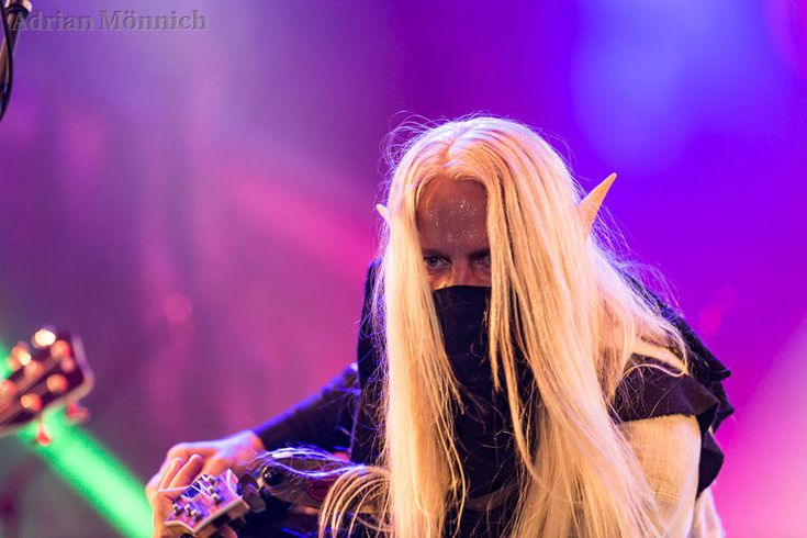Twilight Force ⚫ Photo by Adrian Mönnich ⚫ W:O:A 2017 ⚫ #TwilightForce #Aerendir #elf #woodelf #guitar #guitarist #larp #elvenears #music #metal #concert #gig #musician #band #artist #celebrity #Sweden #Swedish #Powermetal #dragon #live #concertphotography #Nuclearblast #トワイライトフォース