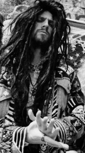 Rob Zombie, 1992 - Such an amazing performer and vocalist; incredibly deep and raspy; also very bellowing it almost felt like part of the rhythm section.