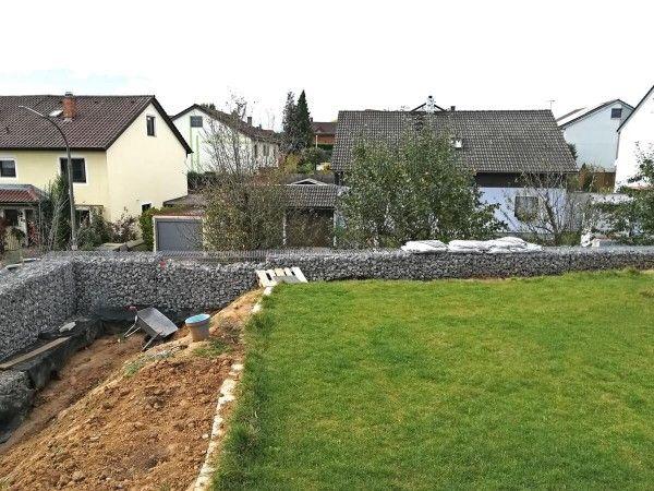 Kundenprojekt Gabionen Gartenmauer Am Hang In 2021 Gabionen Gabionen Mauer Gartenmauer