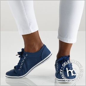 Gorgeous, comfortable and stylish, introducing the new May sneakers. Available in sizes 3-8 in black and navy.