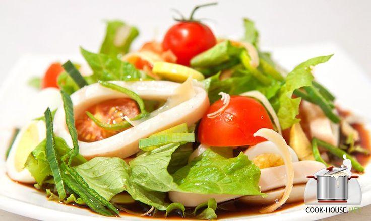 Салат с кальмаром соусом терияки
