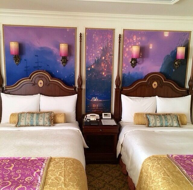 Tangled Guest Room Tokyo Disneyland Hotel. This. Is. My. Dream.  (which is funny cause...)